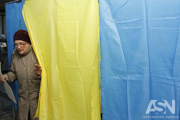 Избирателей в Украине начали подкупать легально – КИУ