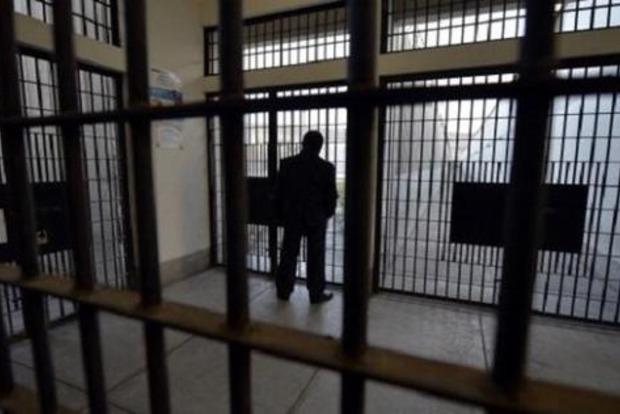 Геращенко: Помилованные Президентом осужденные будут переданы в «Д/ЛНР» как акт милосердия