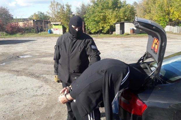 В Бердичеве поймали группу рэкетиров, терроризировавших местных
