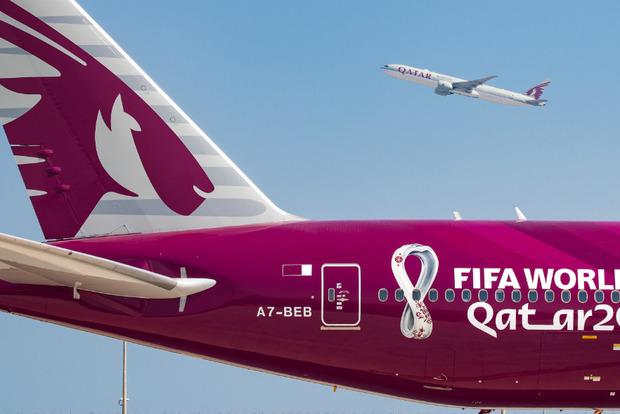 Первый авиалайнер с символикой Чемпионата мира по футболу ФИФА 2022 в Катаре выполнил рейс из Дохи в Цюрих