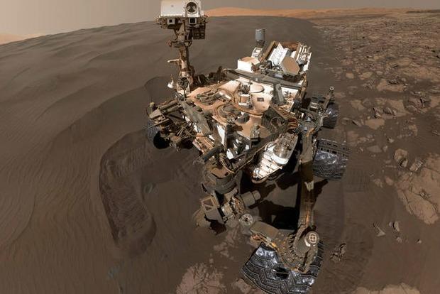 Ровер NASA прислал селфи с Марса