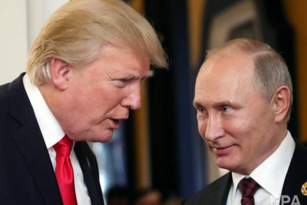 Путин искушал Трампа российскими проститутками