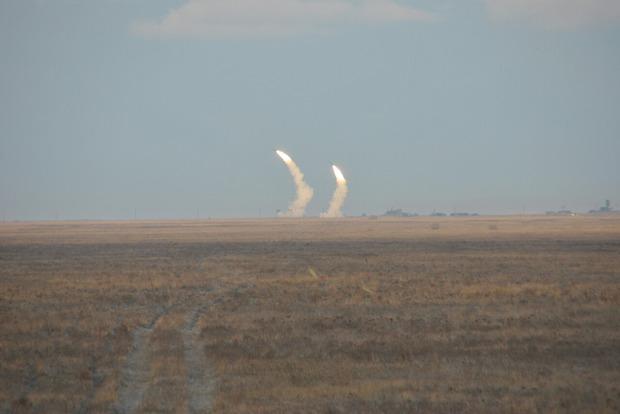 Президенту доложили об успешном запуске 16 ракет - Цеголко