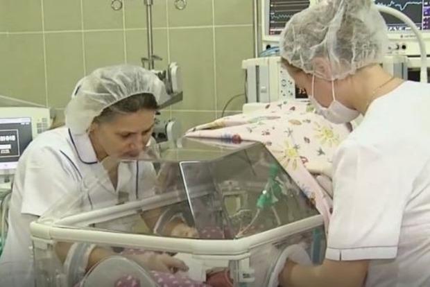 В Киеве под конец года родилась первая тройня