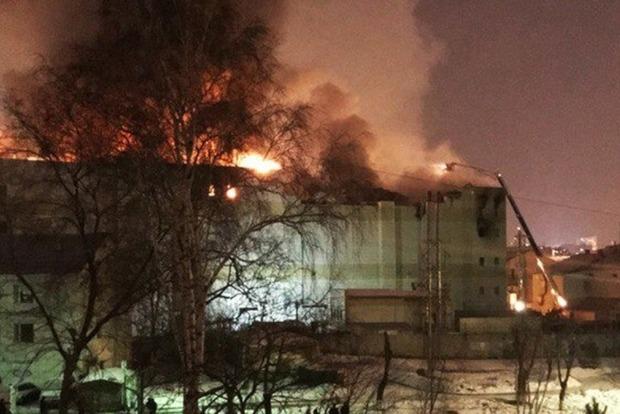 Смертельный крематорий: Опубликовано жуткое видео пожара в Кемерове
