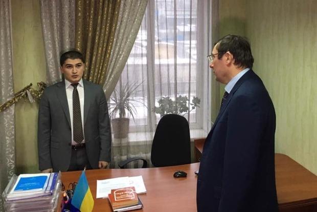 Зарплату прокуроров повысят в 2017 году до 15-18 тыс. грн - Луценко