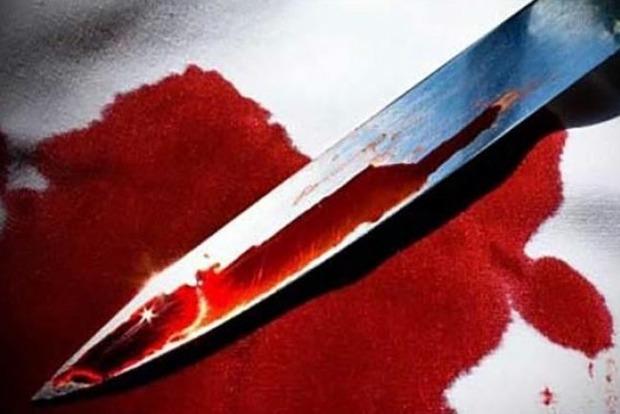 Воткнула нож в пах. В Запорожье женщина жестоко убила случайного собутыльника