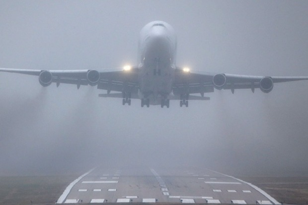 Туман помешал посадке трех самолетов во Львовском аэропорту