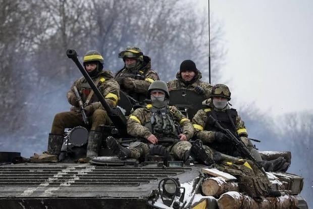 На Луганском направлении ранены двое украинских военных