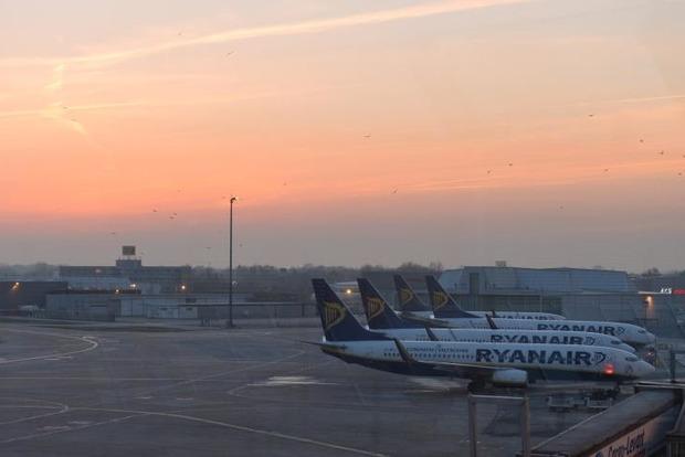Российский самолет на несколько часов заблокировал работу аэропорта Бремена