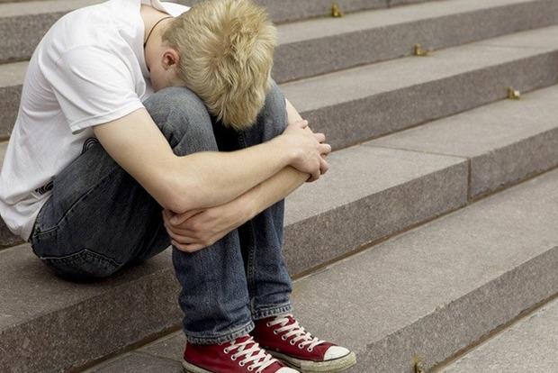 Шумел под окнами: в Одессе мужчина облил 12-летнего мальчика кислотой