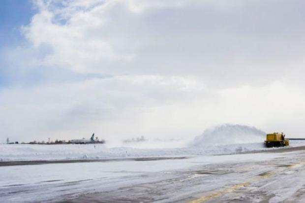 В аэропорту «Борисполь» экстренно сел самолет с туристами из Египта