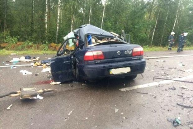 Плохая дорога стала причиной смерти в ДТП четырех политологов и журналиста – водитель лесовоза