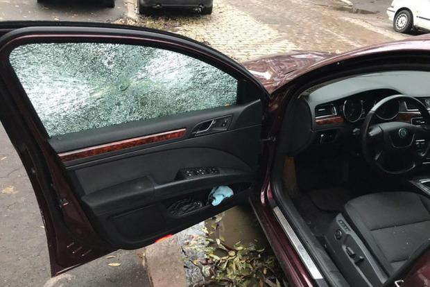 В Одессе обстреляли машину депутата