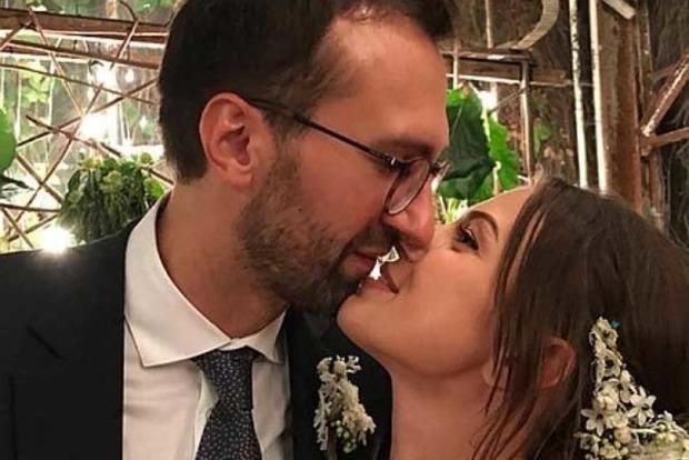 Появились новые фото со свадьбы нардепа Лещенко