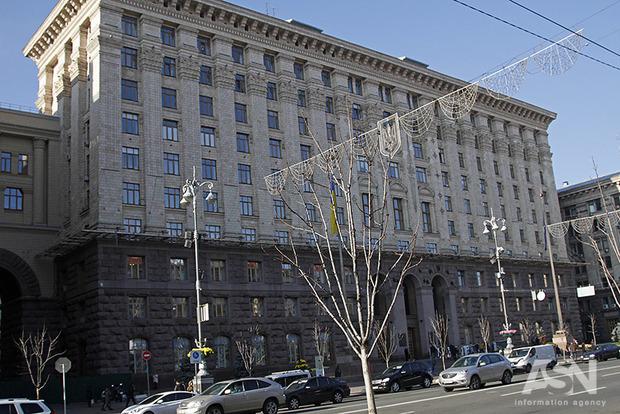 Эксперт возмутился отсутствием реакции власти на незаконное повышение стоимости проезда в Киеве