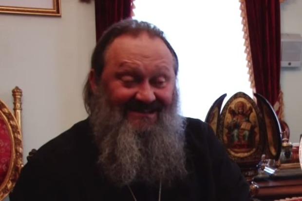 Священник прокомментировал инцидент с полицейскими
