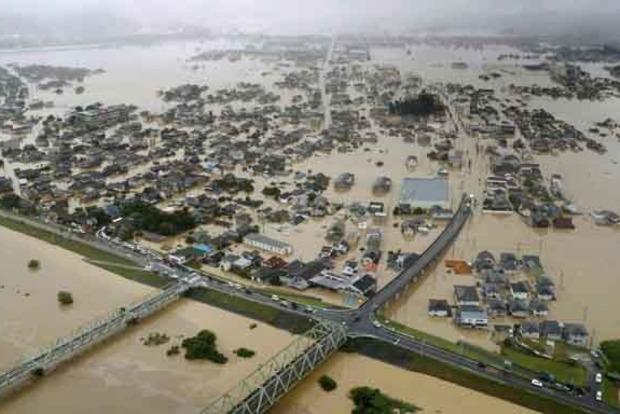 Наводнение в Японии: погибло 70 человек, эвакуировано 4 миллиона