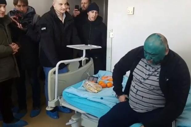 Подозреваемый в убийстве майдановцев Крысин спрятался от суда в детском Институте сердца