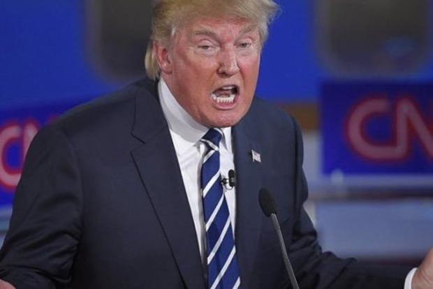 Американская журналистка в прямом эфире дважды назвала Трампа расистской свиньей
