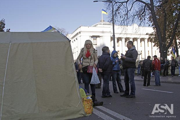 «Революция не удалась»: с приходом Саакашвили в палаточном городке под Радой тихо