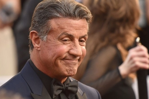 Сталлоне судится с Warner Bros. из-за скрытых доходов от фильма «Разрушитель»