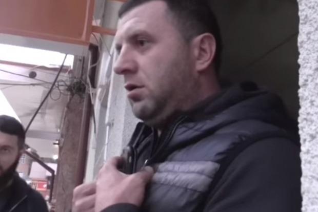 «Вы мешаете мне играть!»: в центре Межгорья местный депутат не дал закрыть игорное заведение