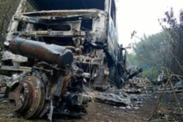 В Донецкой области сгорел автомобиль с продуктами питания