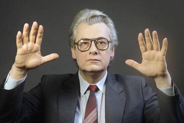 В Москве умер известный экстрасенс и целитель Алан Чумак