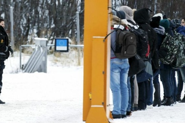 Норвегия предлагает нелегалам за $3,5 тысячи покинуть страну