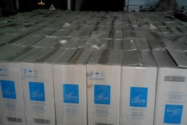 На КПВВ «Зайцево» задержали контрабанду сигарет на пять миллионов гривен
