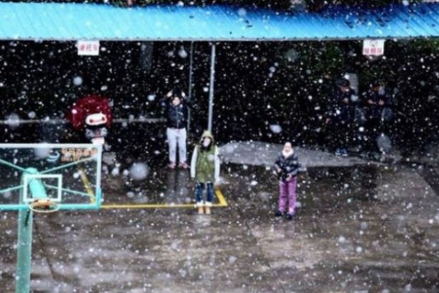 На Тайвань пришли аномальные холода: много погибших