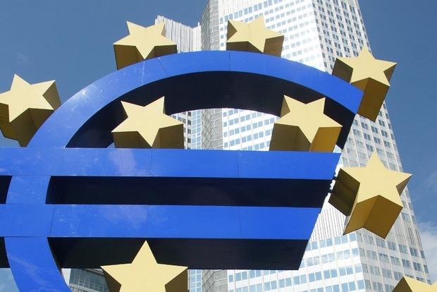 Еврокомиссия официально предложила отменить визовый режим для Украины