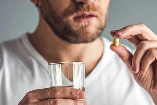 Врачи перечислили 5 видов лекарств, которые плохо влияют на потенцию
