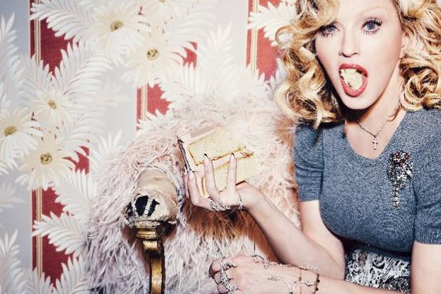 Гигантские мешки под глазами и впавший рот: Мадонне без нескольких часов - 60 лет