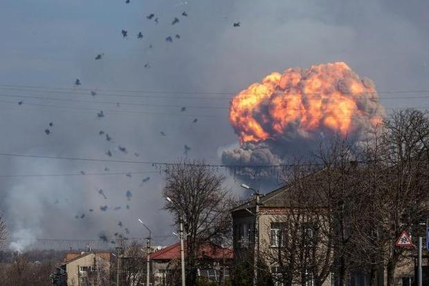 Отголоски пожара наскладе боеприпасов Балаклее: военный подорвался вовремя разминирования территории