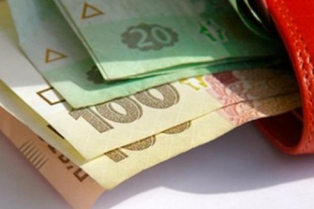 В Украине в августе долги по зарплате выросли на 2%