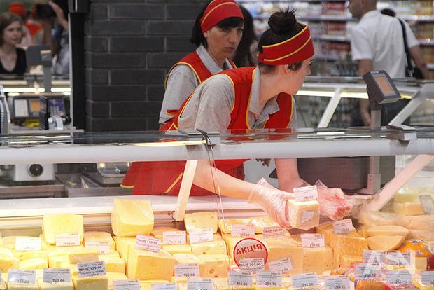 Эксперт назвал европейские продукты, которые значительно подешевеют в новом году