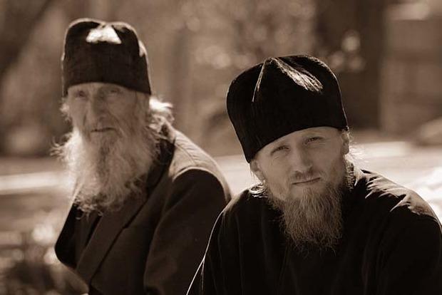 В России трудник монастыря в келье устроил поножовщину