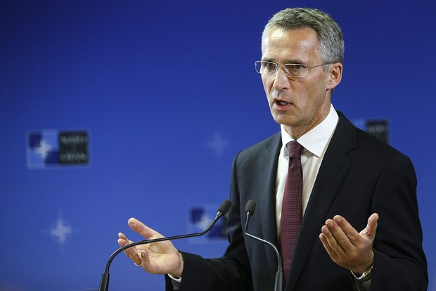 НАТО продолжит оказывать Украине помощь