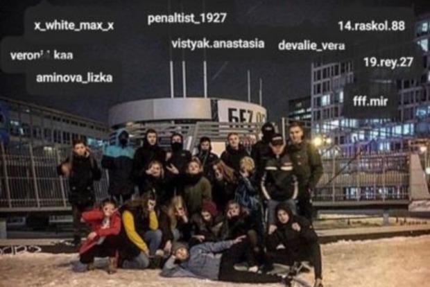 Підлітків, які били людей у Києві, по-народному провчили (18+)