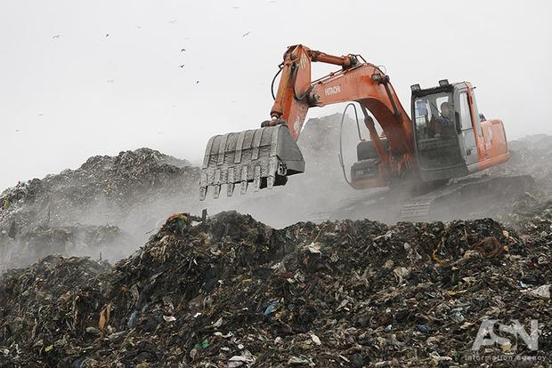 Во Львове обустроят пять площадок для брикетирования мусора