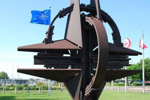 Польша хочет признать недействительным соглашение Россия - НАТО 1997 года