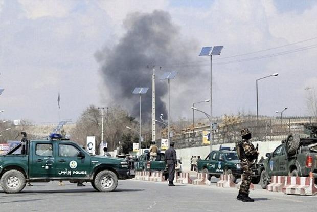 Недалеко от посольства США в Кабуле прогремел мощный взрыв