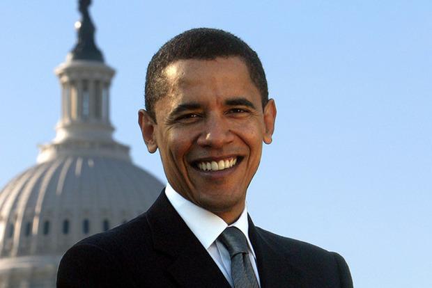 Обама обережно повертається у велику політику