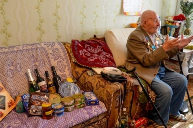Ветеранам Второй мировой войны в Астане к 9 мая выдали по $1,5 тысячи