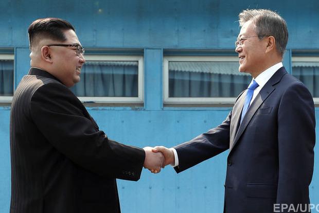 Лидеры Северной иЮжной Кореи договорились больше невоевать