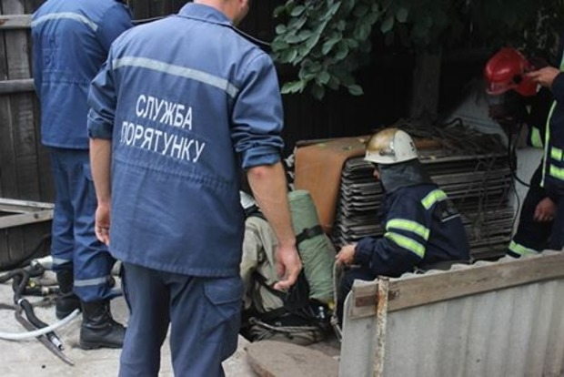 В Черкассах в коллекторе погибли три человека