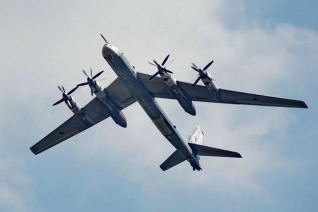 США перехватили русские бомбардировщики уберегов Аляски
