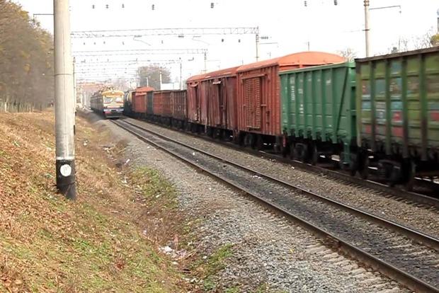 Под Киевом 14-летний самоубийца бросился под поезд